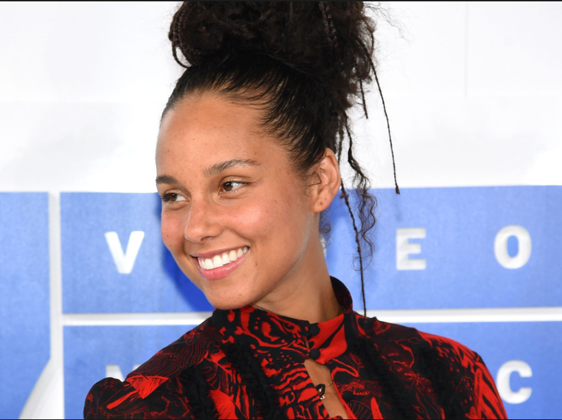 Alicia Keys MTV Movie Awards no makeup