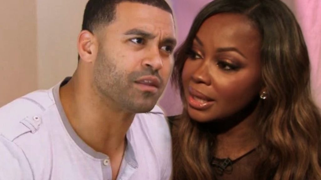 The judge granted Phaedra Parks petition for divorce WITHOUT Apollo Nida's signature