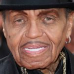 Joe Jackson Is On His Deathbed & Jackson Family BANNED From Seeing Him